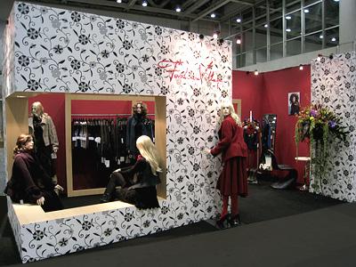 Spirit 2024 モーニンググローリー IFF2008 (株)ファッションヴィレッヂ 展示ブース/東京都